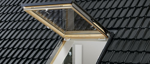 velux prix affordable protection vitrage courb velux pour fentre toit plat fentres de toits. Black Bedroom Furniture Sets. Home Design Ideas